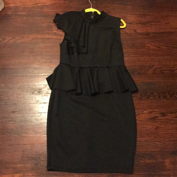 Beautiful black plus size dress. Wore once